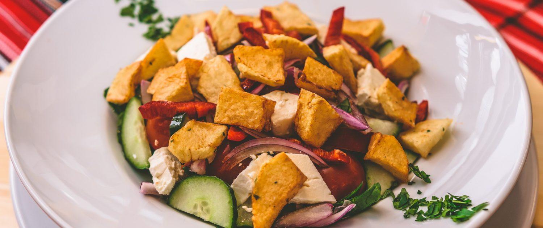 Salata cu cartofi aurii
